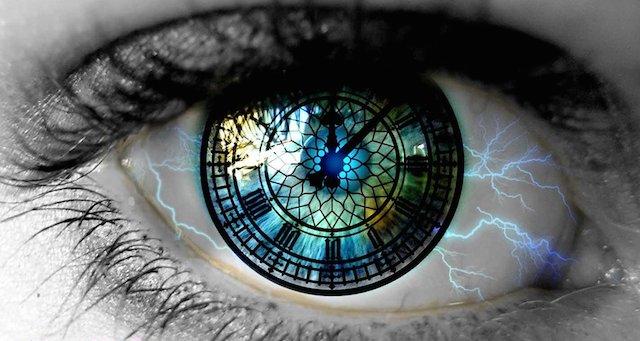 transcend-time-eye-clock