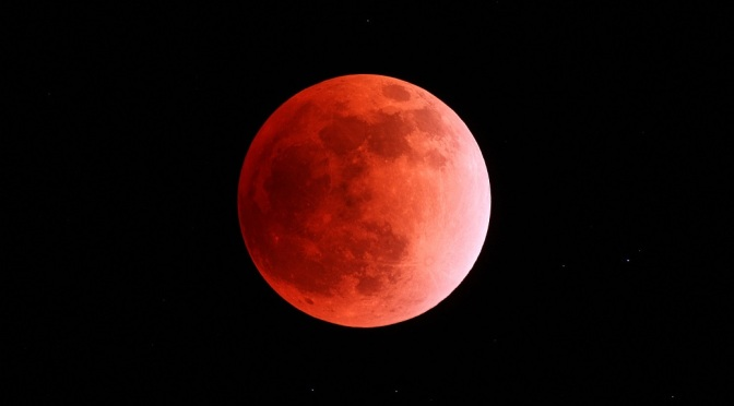 Full Moon Penumbral Lunar Eclipse in Aquarius, August 18, 2016 111210-lunar-eclipse-zhanxiang04