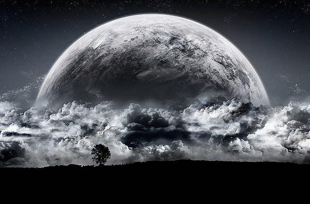 moon-759x500