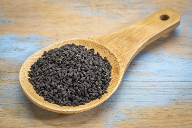 Black Seed May Treat Hypothyroidism (Hashimoto's Disease), Clinical Trial Reveals