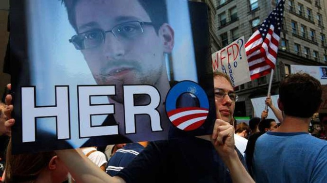 Edward Snowden Is A Patriot & Deserves A Presidential Pardon