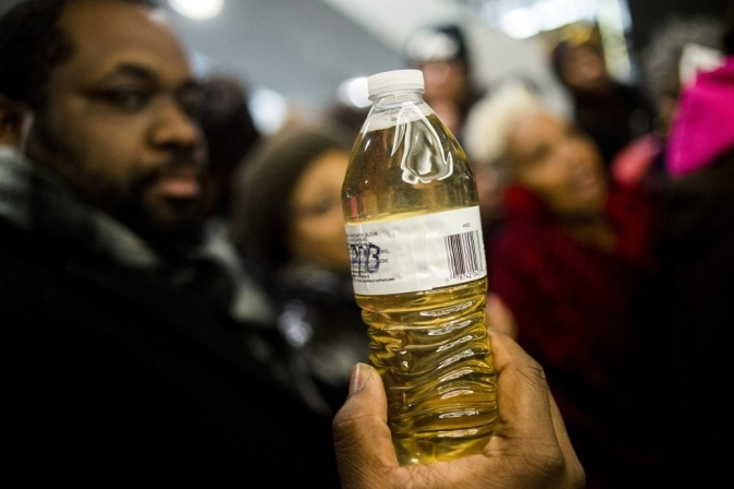 Flint Threatens to Kick 8,000 Families Out of Their Homes if They Don't Pay for Poison Water