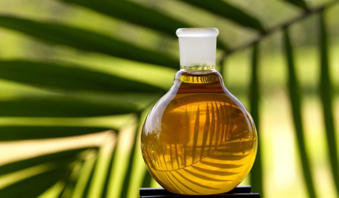 Myrrh Oil: The Health Benefits of This 'Holy' Oil